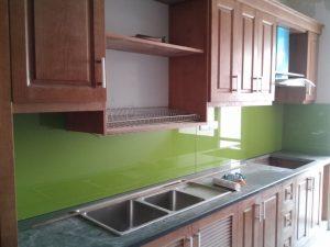 Kính màu ốp bếp của Matexim Window