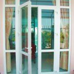cửa đi mơ quay 2 cánh